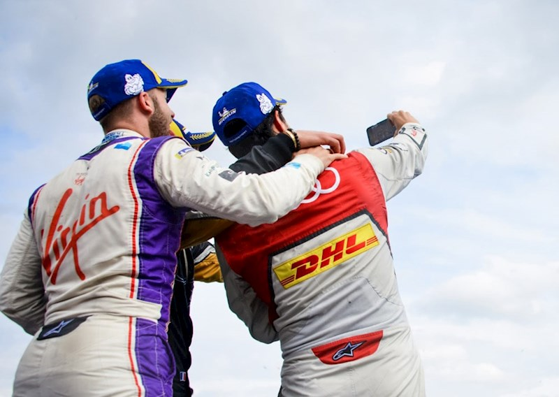 formula e drivers take a selfie